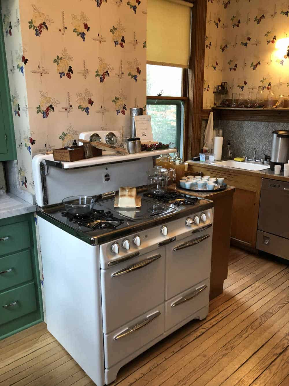 Deepwood Museum and Gardens Kitchen stove